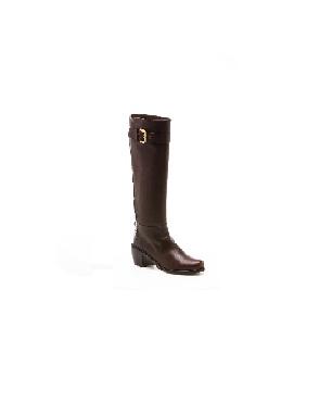 1cea5bd4aad Stuart Weitzman boots  seen on celebrities – Top 50 Most Comfortable ...