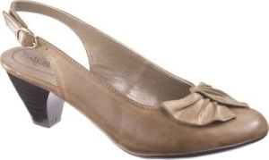 d7bb86f05c9 Soft Style low heels: slingbacks too! – Top 50 Most Comfortable ...